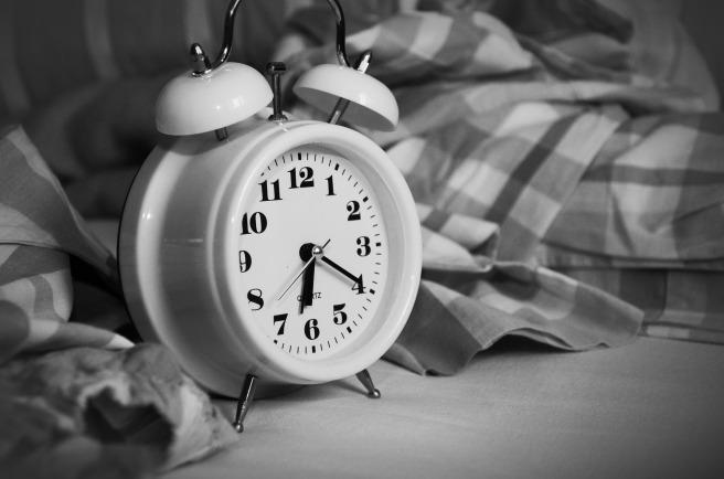 alarm-clock-1193291_1920 (1)